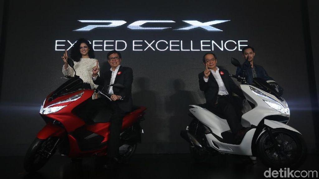 Skutik PCX Jadi Bintang Honda di IIMS 2019