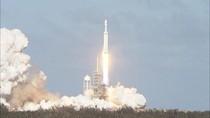 Roket Terkuat Sejagat Sukses Meluncur ke Angkasa