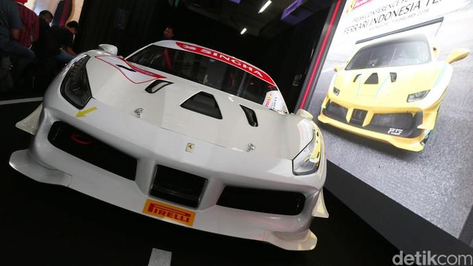 Peluncuran Tim Ferrari Challenge 2018