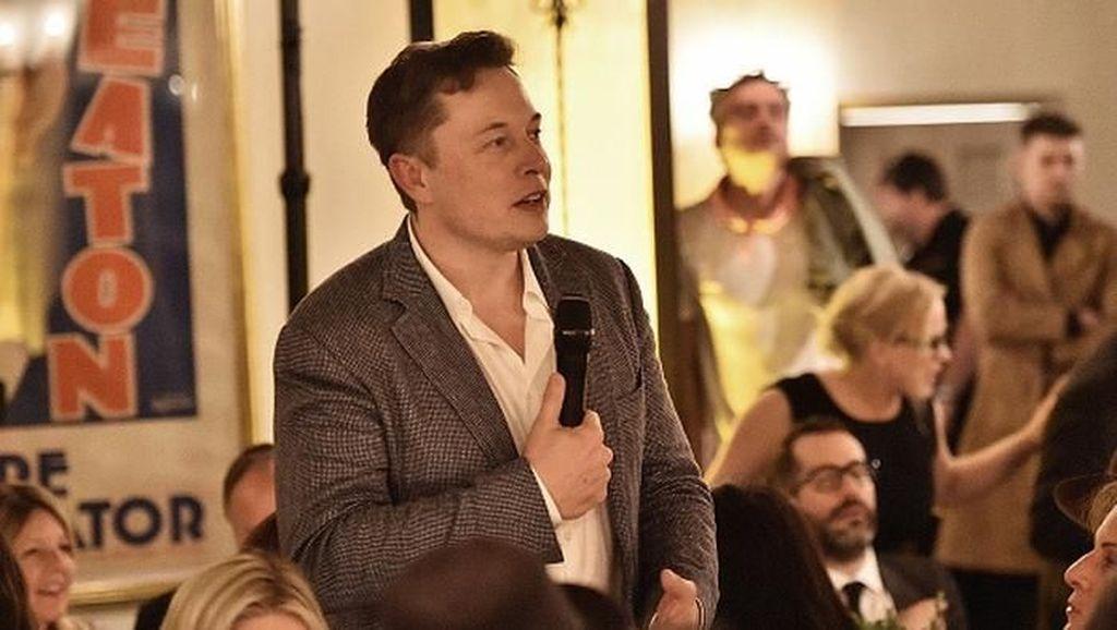 Elon Musk Akhirnya Minta Maaf Pada Penyelam Gua Thailand