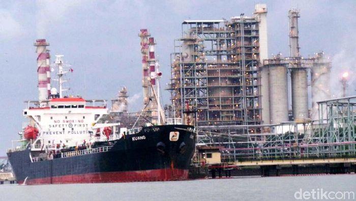 Ilustrasi kilang minyak. Foto: dok. detikcom