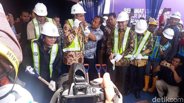 Menteri Susi dan Gubernur DKI resmikan proyek perombakan Pasar Ikan Muara Baru