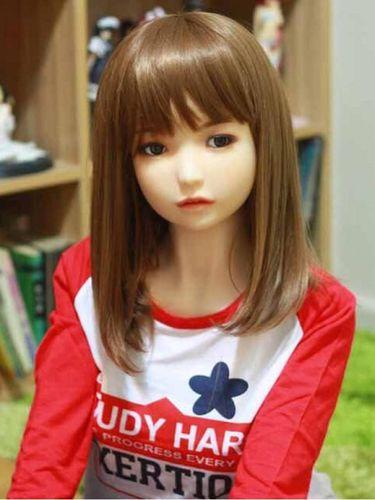 Boneka seks di China mirip wanita sungguhan.