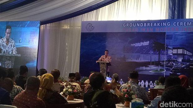 ubernur DKI Jakarta Anies Baswedan menghadiri groundbreaking Pasar Ikan Modern di Muara Baru, Jakarta Utara, Kamis (8/2/2018)