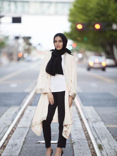 Macy's Jadi Departemen Store Pertama yang Jual Hijab di AS