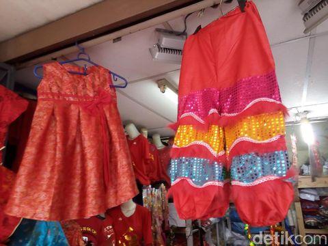 Mengintip Kios Serba Imlek di Pasar Gede Solo