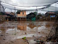 Banjir di kawasan Rawajati, Pancoran, Jakarta Selatan, surut