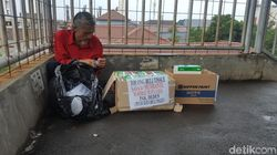Belajar Semangat Hidup dari Pak Deden Penjual Tisu Viral di Depok