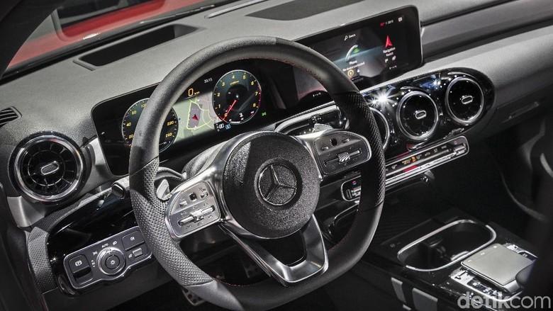 Penunjuk navigasi di A-Class terbaru Foto: Mercedes-Benz