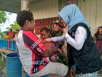 Beberapa bantuan yang dari berbagai pihak untuk Suku Asmat (Salman/ detikcom)