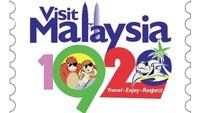 Foto: Logo ini jadi bahan lelucon traveler di Malaysia. Ada yang mengedit tahunnya, bukan 2020 tapi 1920 karena logo ini terlihat retro dan jadul. (Instagram/apom.my)