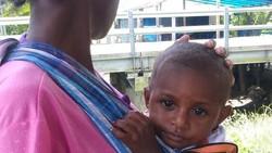Masalah gizi buruk masih dalam penanganan, sudah banyak anak-anak Asmat yang gizinya membaik. Begini lah kondisi mereka saat ini, tak hilang canda tawa.