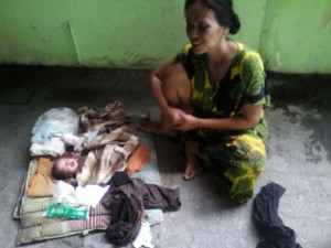 Foto: Rosida yang Telantar di Grogol dan Hampir Lahirkan Anak di Jalan