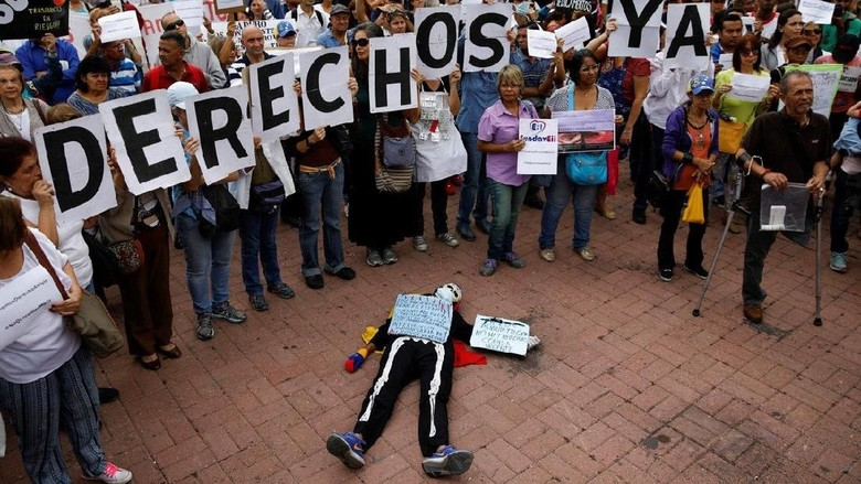 Ada Tengkorak Tergeletak di Pinggir Jalan Venezuela