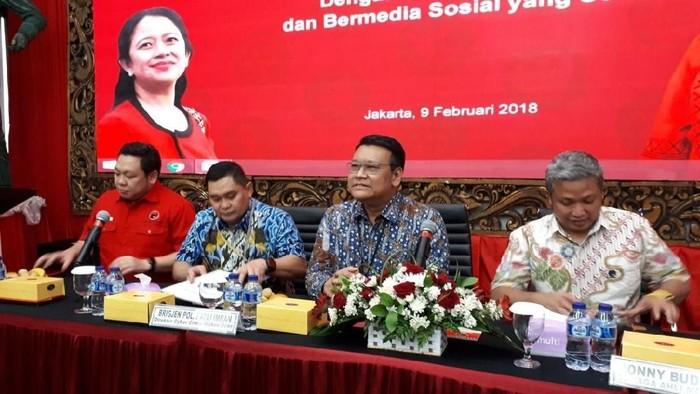 Diskusi soal Hoax di DPP PDIP. (Haris Fadil/detikcom)