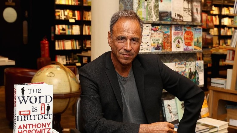 Belum Usai Buku James Bond, Anthony Horowitz Tulis Novel Misteri