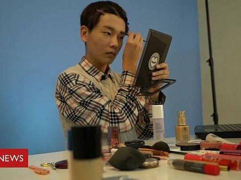 Ketika Pria Korea Selatan Juga Kecanduan Kosmetik