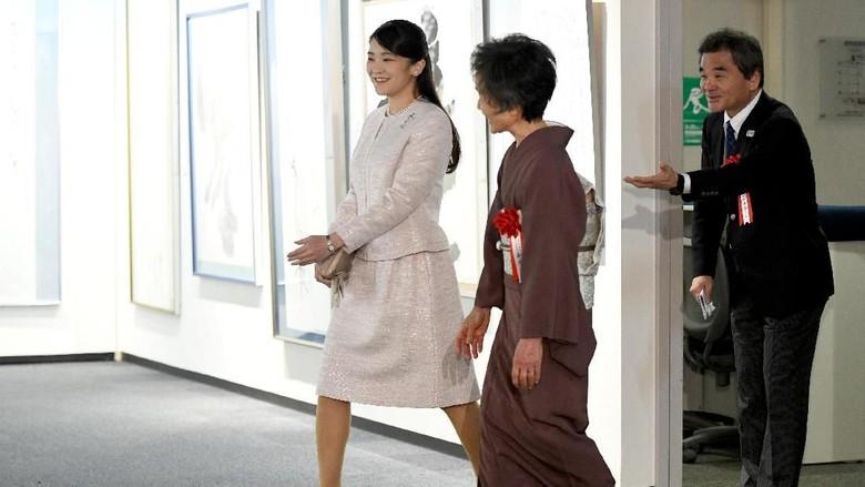 Kemunculan Perdana Putri Jepang Usai Tunda Nikah dengan Pria Biasa