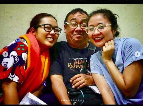 Angel Lelga-Vicky Prasetyo Resmi Nikah, Komedian Gareng Tutup Usia