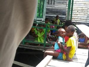 Kopassus Kirim Bantuan ke Kabupaten Asmat Papua