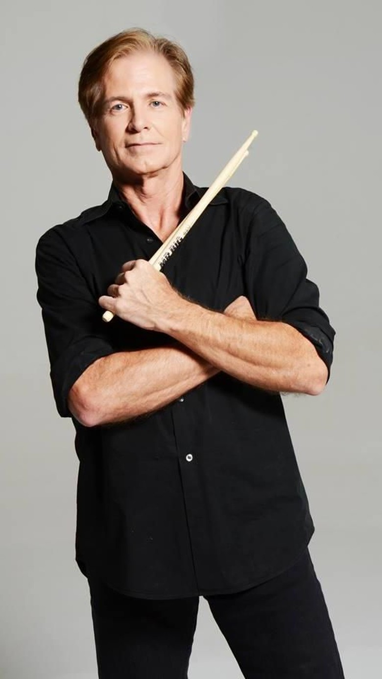 Komplikasi Parkinson, Drummer Mr. Big Meninggal Dunia