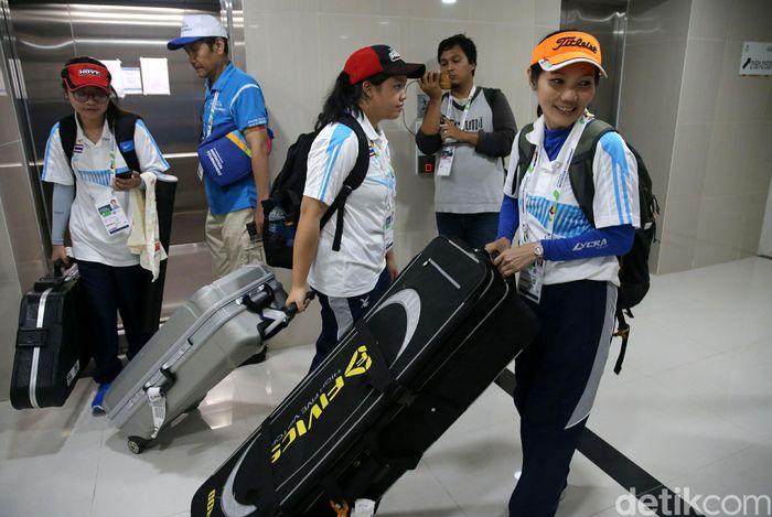 Wisma Atlet mulai ramai oleh atlet Indonesia dan peserta asing, Jumat (9/2/2018).