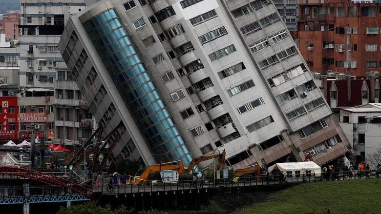 Gempa Taiwan: TV Beterbangan, Lantai Enam Apartemen Jadi Lantai Satu