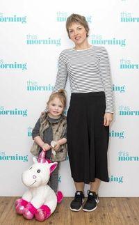 Gemma dan putrinya, Penelope. (Foto: Facebook/Gemma Nuttall)