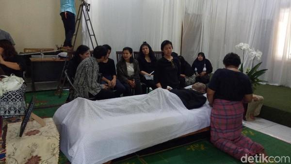 Kisah Advent Bangun dari Aktor Laga hingga Jadi Pendeta