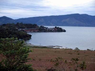 Sisi Cantik Danau Toba dari Bukit Beta