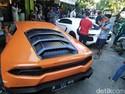 Mobilnya Banyak, Hotman Paris Tak Terganggu Ganjil-Genap