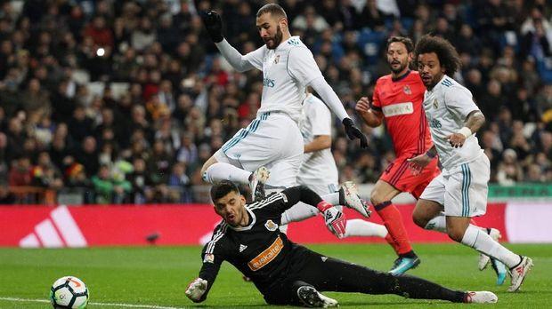 Karim Benzema belakangan kerap membuang peluang emas di depan gawang.