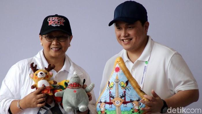 Menlu Retno Marsudi memimpin acara jalan santai Diplomatic Walk di kawasan GBK, Senayan, Jakarta. Jalan santai itu rangka menyambut Asian Games 2018.