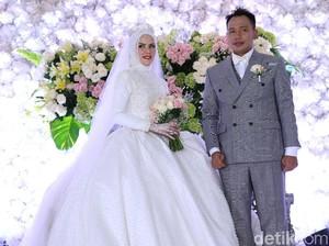 Angel Lelga Kagumi Vicky Prasetyo yang Pintar Ubah Mood dan Selalu Romantis