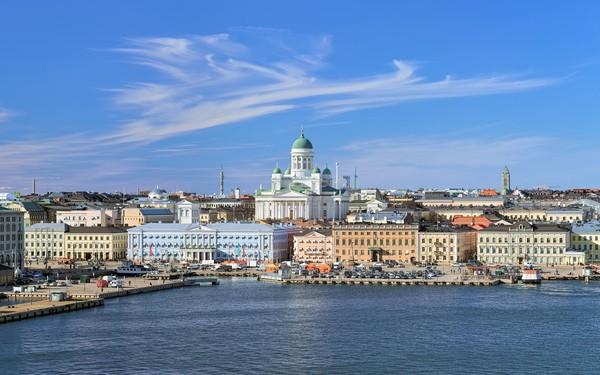 Di peringkat yang sama ada Finlandia. Seperti dua negara Utara lainnya, paspor Finlandia juga memiliki akses Bebas Visa Kunjungan (BVK) dan Visa on Arrival (VoA) ke 160 negara di dunia (Thinkstock)