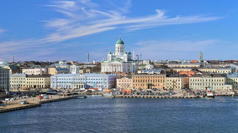 Kota Helsinki di Finlandia, menduduki posisi pertama dari eksperimen sosial yang dilakukan media Readers Digest. Dari 12 dompet yang dijatuhkan, 11 dompet tersebut kembali. Salah satu orang yang mengembalikan mengaku, orang Finlandia memang sudah terkenal akan kejujurannya (Thinkstock)