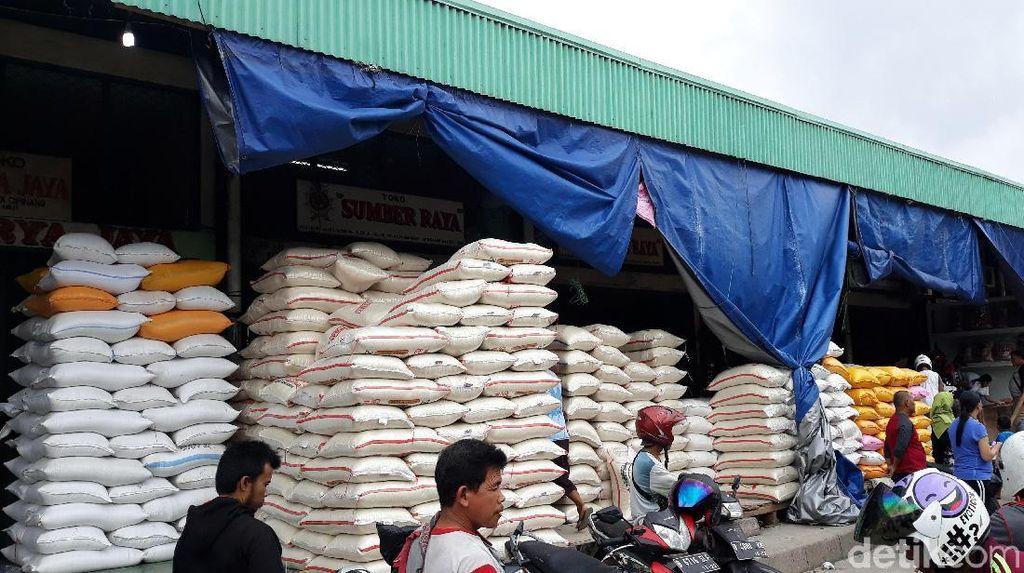 Pedagang Jual Beras Tanpa Label Informasi, Izin Usaha Dicabut