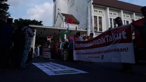 Kader Muda PKB Aksi Solidaritas ke Gereja Paroki Surabaya
