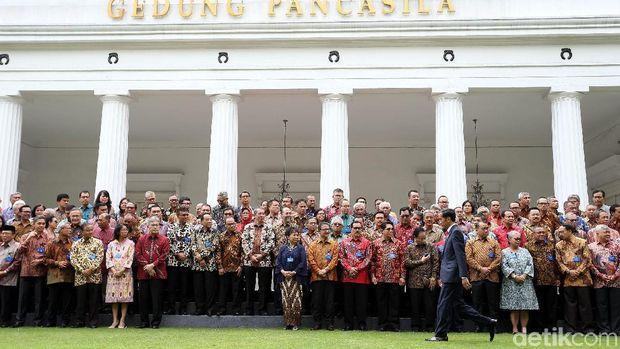 Presiden Jokowi membuka Rapat Kerja Kepala Perwakilan Republik Indonesia dengan Kementerian Luar Negeri. Acara digelar di Gedung Pancasila, Jakarta.