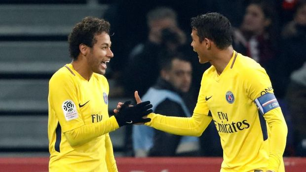 Neymar kini menjadi andalan sekaligus bintang Paris Saint-Germain.