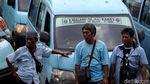 Suasana Demo Sopir Angkot di Tebet