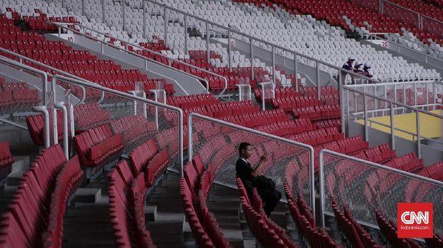 Pedagang asongan tak akan boleh masuk tribune Stadion GBK.