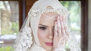 Lagi Hamil Muda, Ini Persiapan Ramadan Angel Lelga