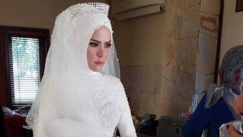Diceraikan Vicky Prasetyo, Angel Lelga Minta Dijauhkan dari Pendosa