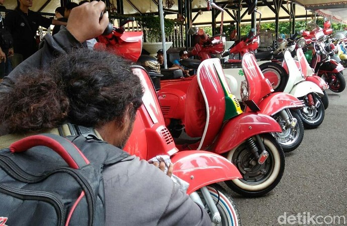 Ribuan Scooters Ramaikan Jambore Vespa di Purworejo