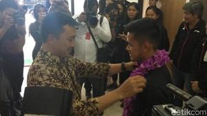 Menpora Guyur Bonus Rp 5 Miliar ke Tim Bulutangkis Beregu Asia 2018