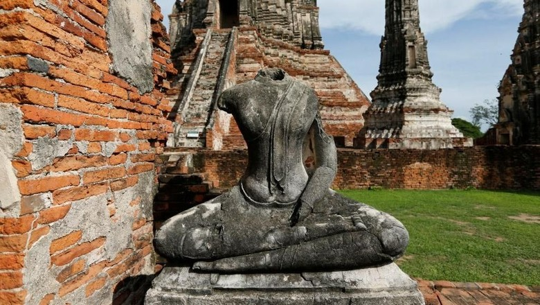 Foto: Ilustrasi reruntuhan candi kuno di Ayutthaya, Thailand (Reuters)