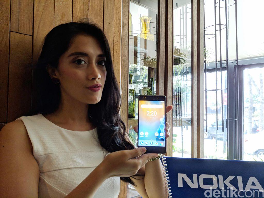 Nokia 8 hadir dalam bentangan 5,3 inch dengan resolusi. (Foto: detikINET/Adi Fida Rahman)