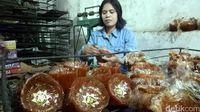 Mau Belanja Kue Keranjang Tradisional? 5 Hal ini Bisa Jadi Pertimbangan