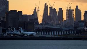 Bom Sisa Perang Dunia II Dipindahkan, Bandara London Dibuka Kembali